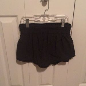 lululemon athletica Shorts - Lululemon black flower shorts sz 4 59511